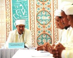 Казахстанские священнослужители осуждают теракты в Актобе и проводят информационные встречи