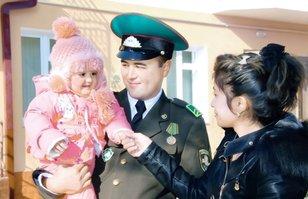 В Узбекистане строят жилье для солдат и пограничников