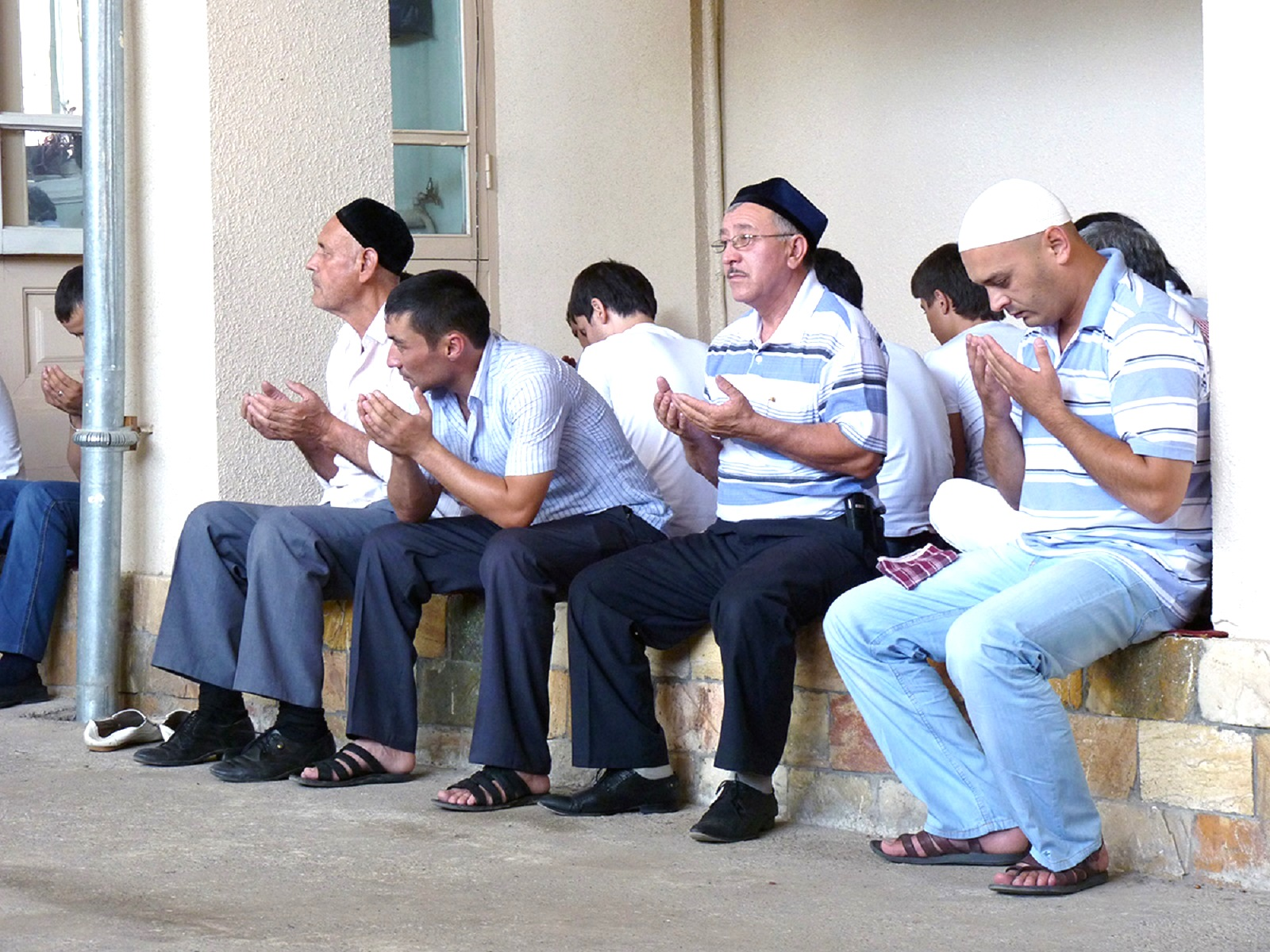 Узбекские теологи разоблачают экстремистов