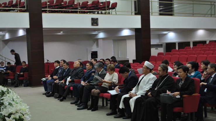 Employees of the Almaty office of DUMK, imams and priests in Almaty last December discuss religious outreach. [DUMK photo obtained by Ksenia Bondal]