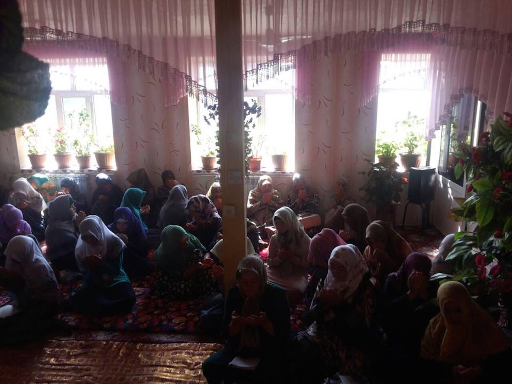 Kyrgyzstan convicts Hizb ut-Tahrir woman activist