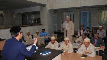 Казахстанские мечети учат религиозной грамотности