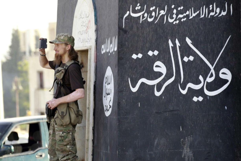 Дар аль-Ифта предупреждает о миграции ИГИЛ в Аль-Каиду