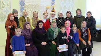 Казахстан: образовательная программа на русском языке рассчитана на борьбу с женским экстремизмом