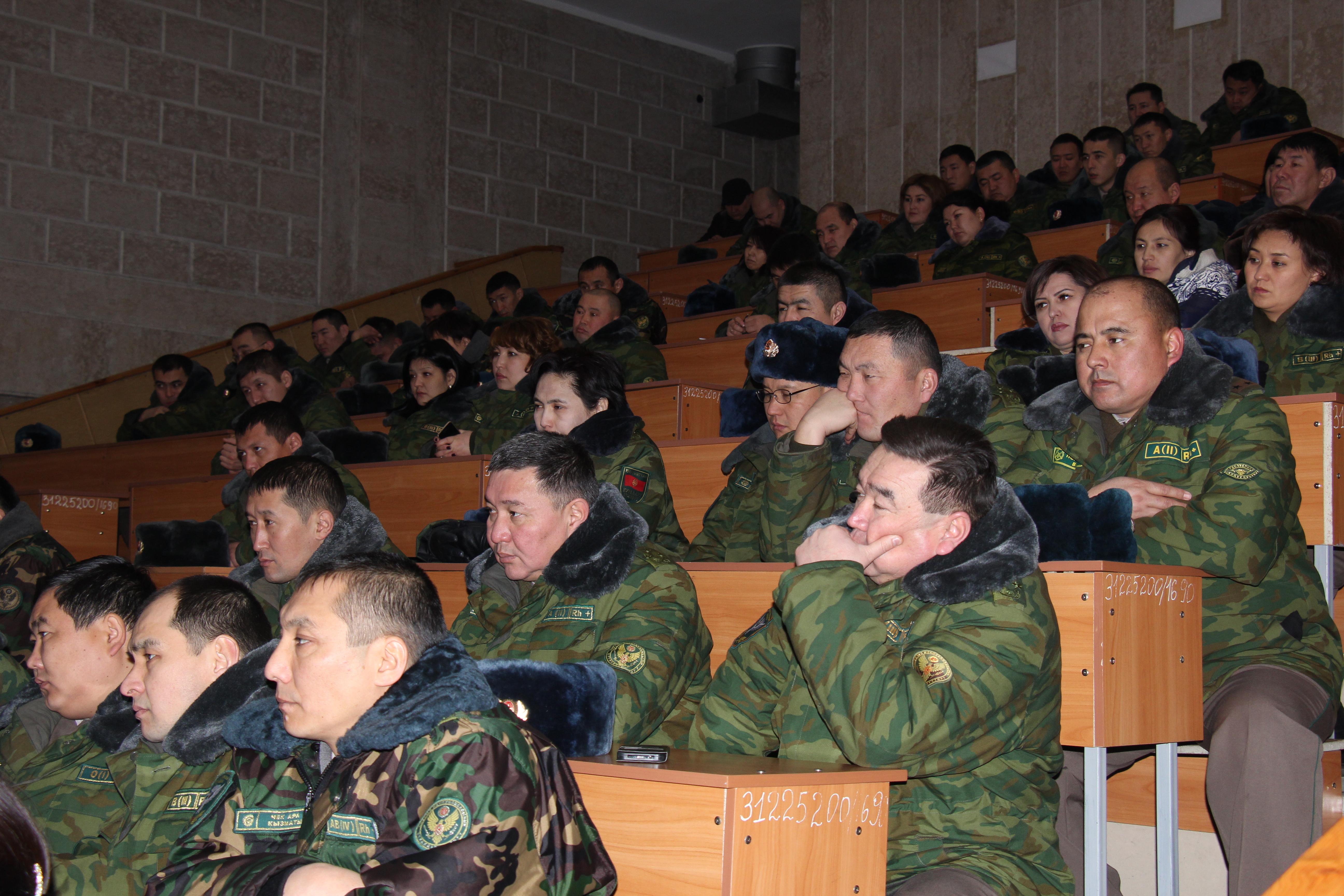Кыргызстан пытается предотвратить радикализацию военного персонала