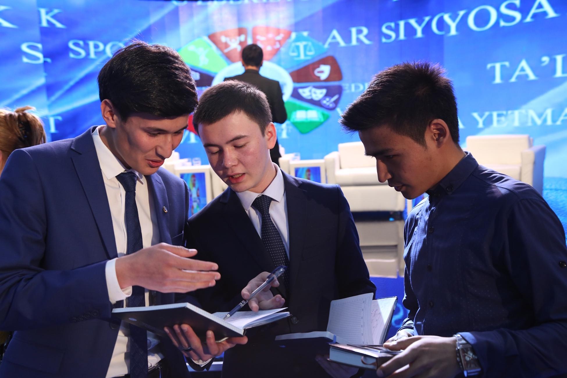 Uzbekistan offers 'safe internet' for youth