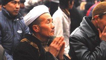 Назарбаев учредил премию за поощрение межрелигиозного диалога
