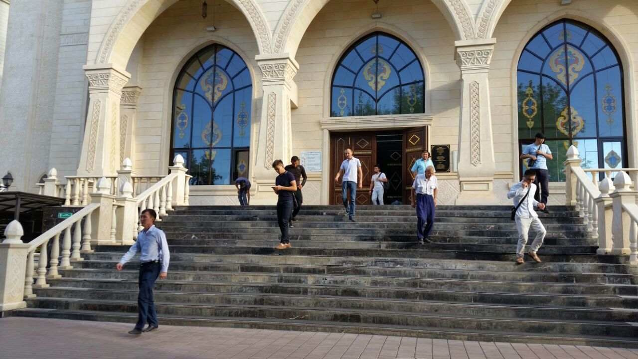 Kazakhstan seeks to restrict pursuit of religious education abroad
