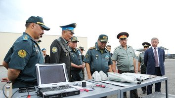 Uzbekistan, Kazakhstan step up military co-operation