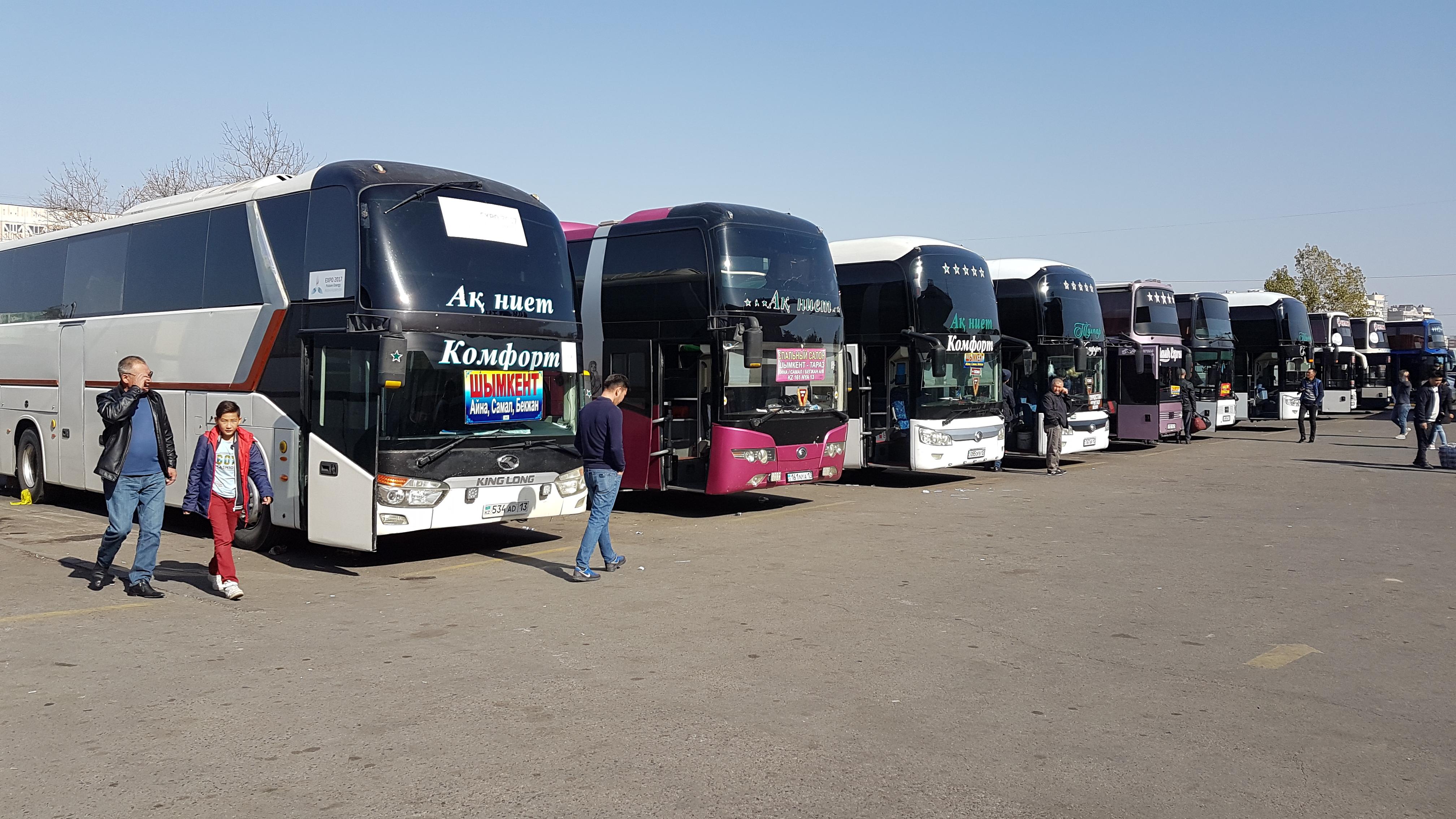 Kazakhstan, Uzbekistan launch cross-border bus service