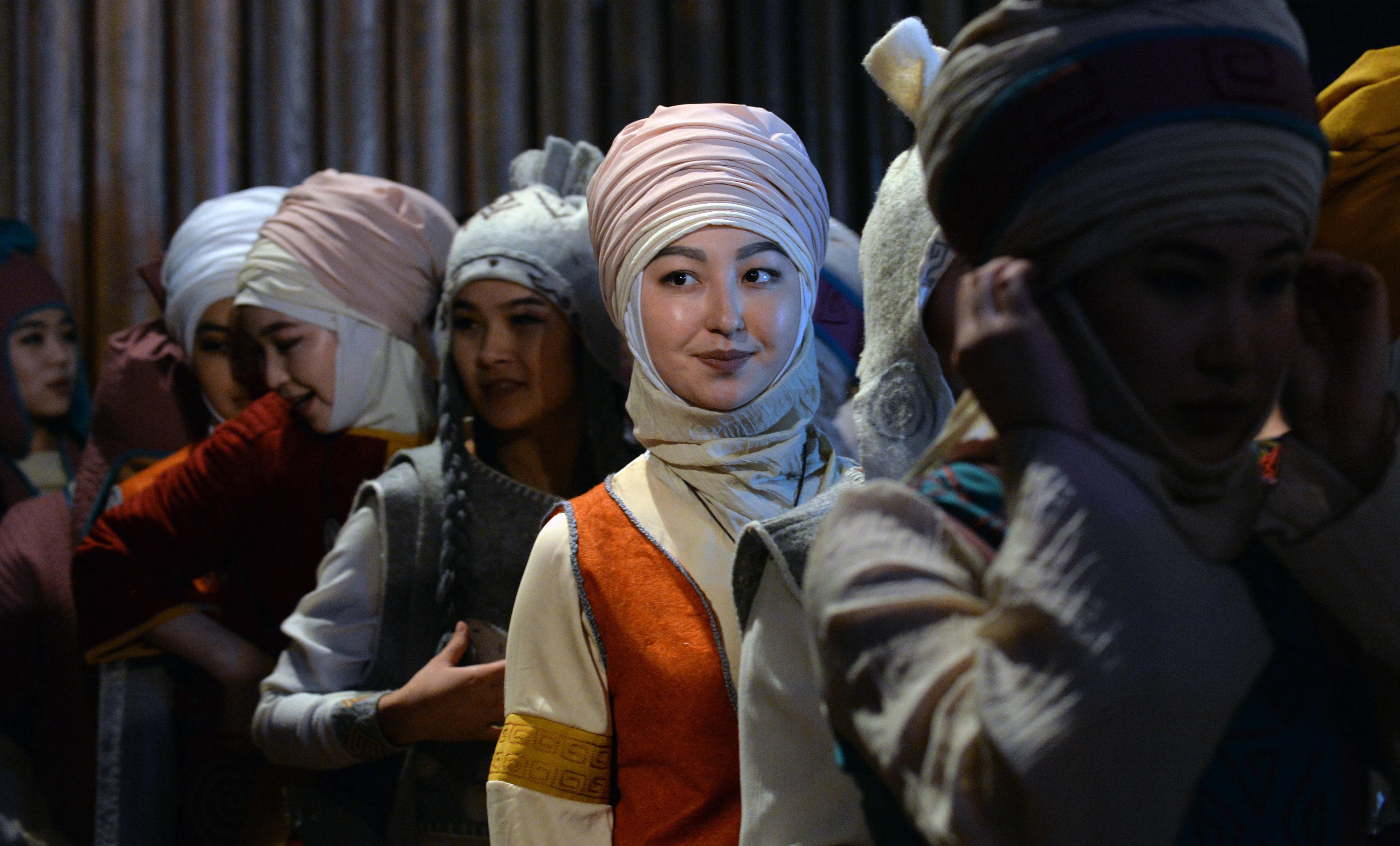 Женщины Кыргызстана играют растущую роль в борьбе с неверным толкованием ислама