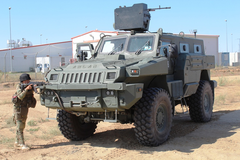 По данным Министерства обороны, войска всех гарнизонов Западного регионального командования провели учения по защите своих баз от терактов. [Министерство обороны Казахстана]