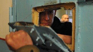 Заключенные-экстремисты нуждаются в индивидуальных реабилитационных программах, утверждает эксперт