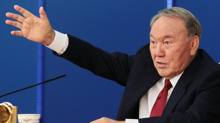 Kazakhstani President Nursultan Nazarbayev gestures during a news conference in Astana September 14. On November 13 in Astana, he reiterated calls for improved regional co-operation in Central Asia. [Stanislav Filippov/AFP]