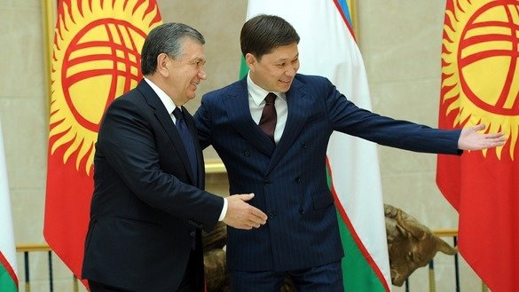 """Uzbekistan is a high-priority area for Kyrgyzstan's foreign policy,"" Kyrgyz Prime Minister Sapar Isakov (right) said in Bishkek September 6, while conferring with Uzbekistani President Shavkat Mirziyoyev (left). [Kyrgyz government press office]"
