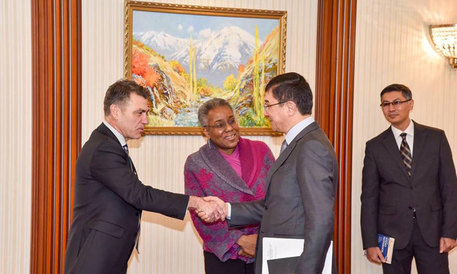 Растущая торговля с США поможет Узбекистану воплотить мечту о ВТО