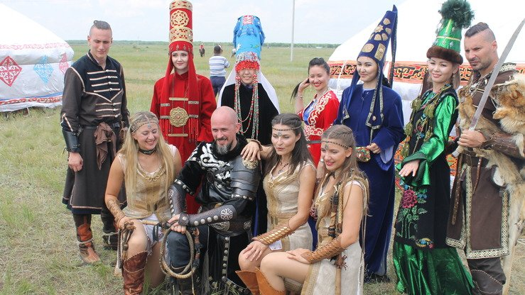 The festival at the Ethnoaul National Cultural Complex near Astana brought together eight groups from different countries. [Aydar Ashimov]