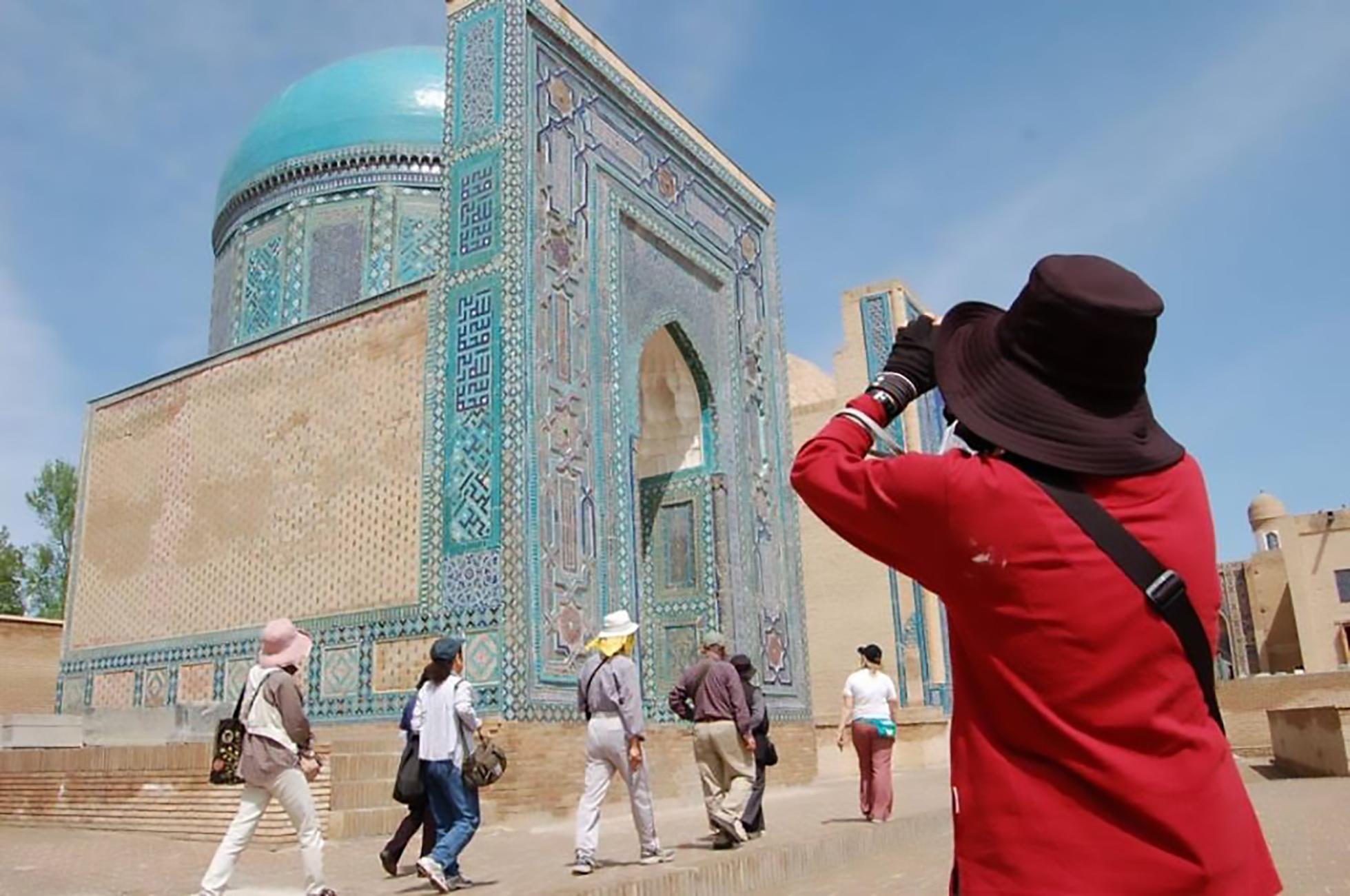 Новая система узбекских электронных виз понравилась туристам из США и других стран