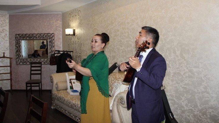 Проживающие в России казахи участвуют в культурной конференции в Костанае (Казахстан). [Всемирная ассоциация казахов]