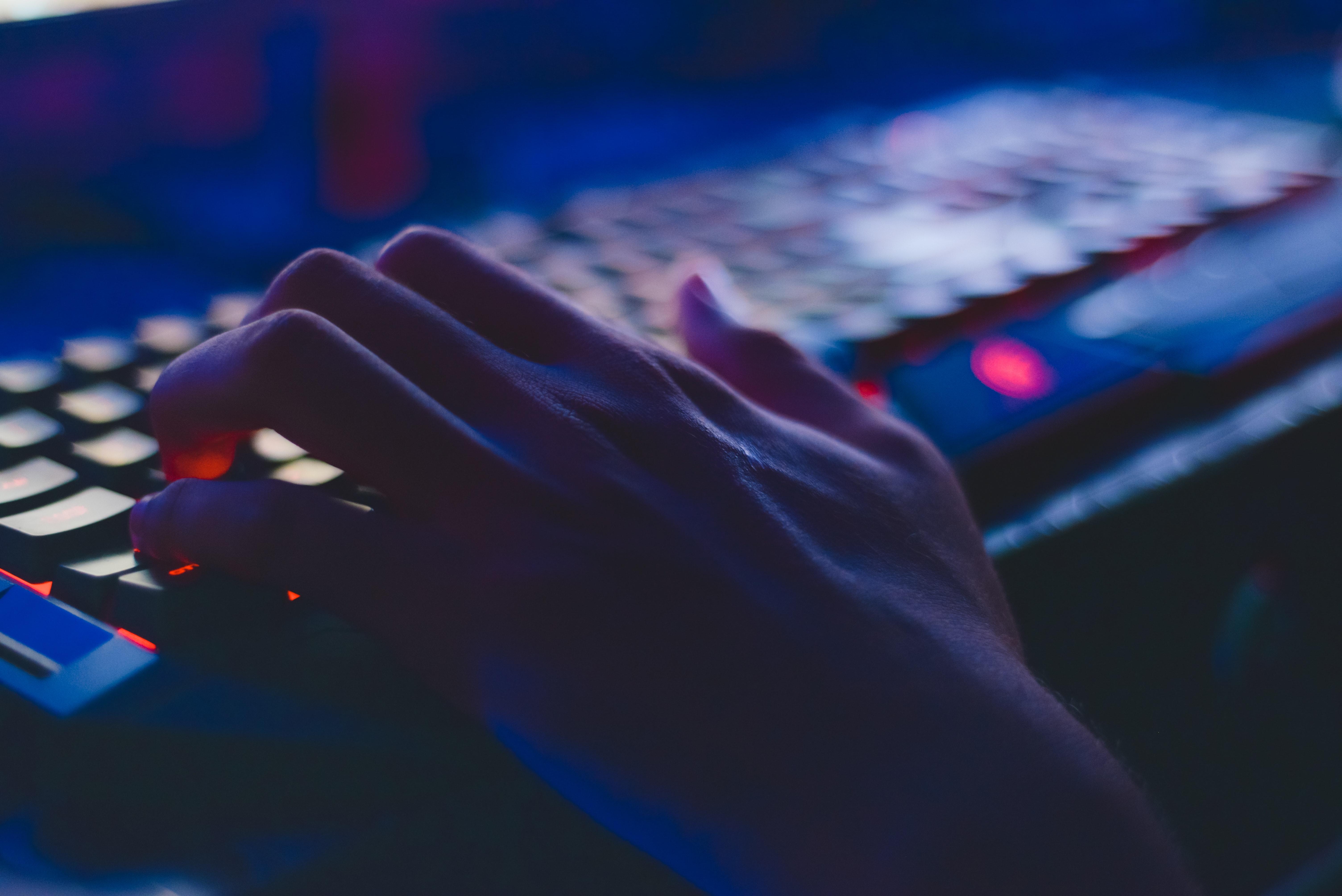 Kremlparast internet trollari Markaziy Osiyodagi faoliyatini kuchaytirmoqda
