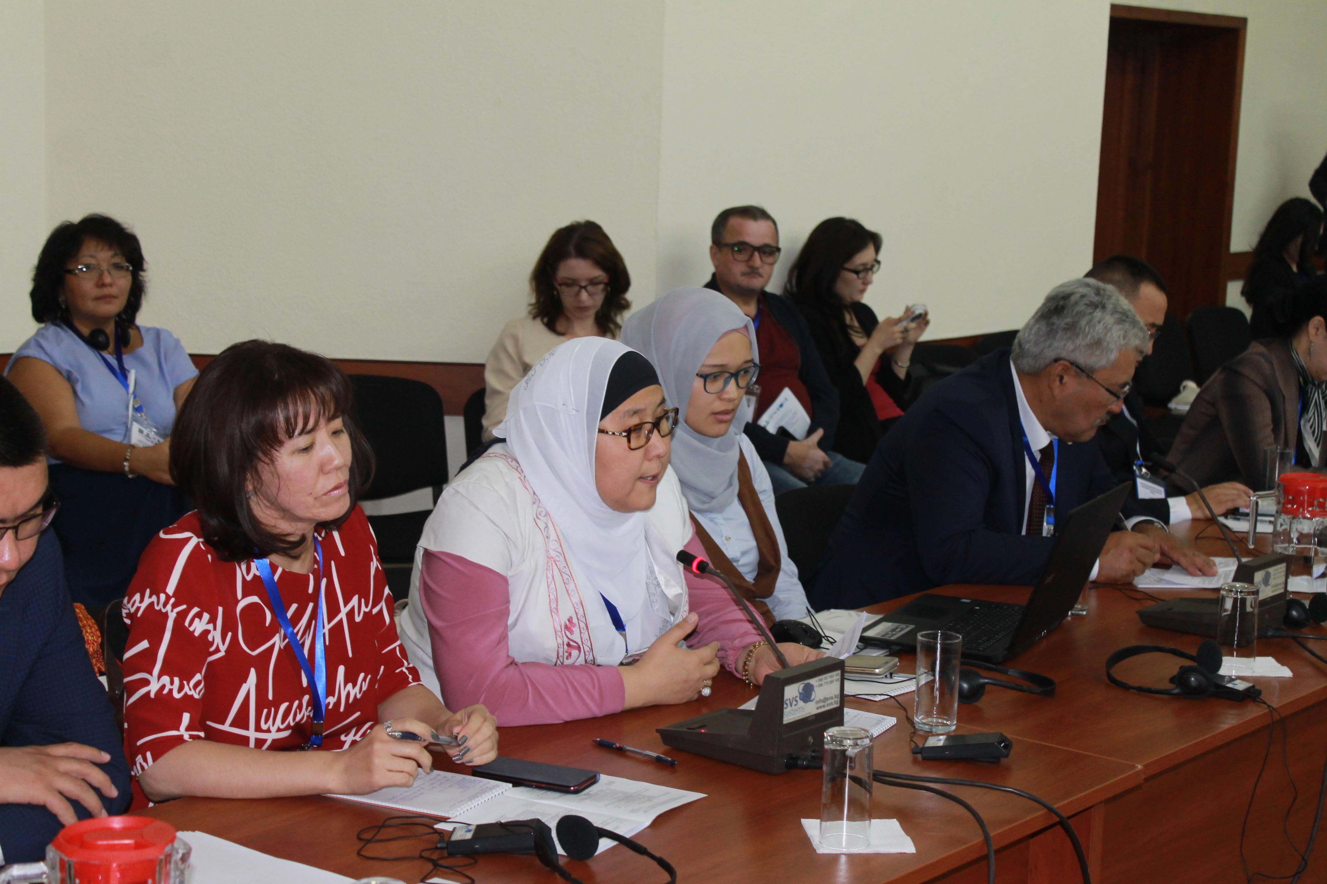 Эксперты Центральной Азии призывают к совместным усилиям в борьбе с экстремизмом в  Интернете