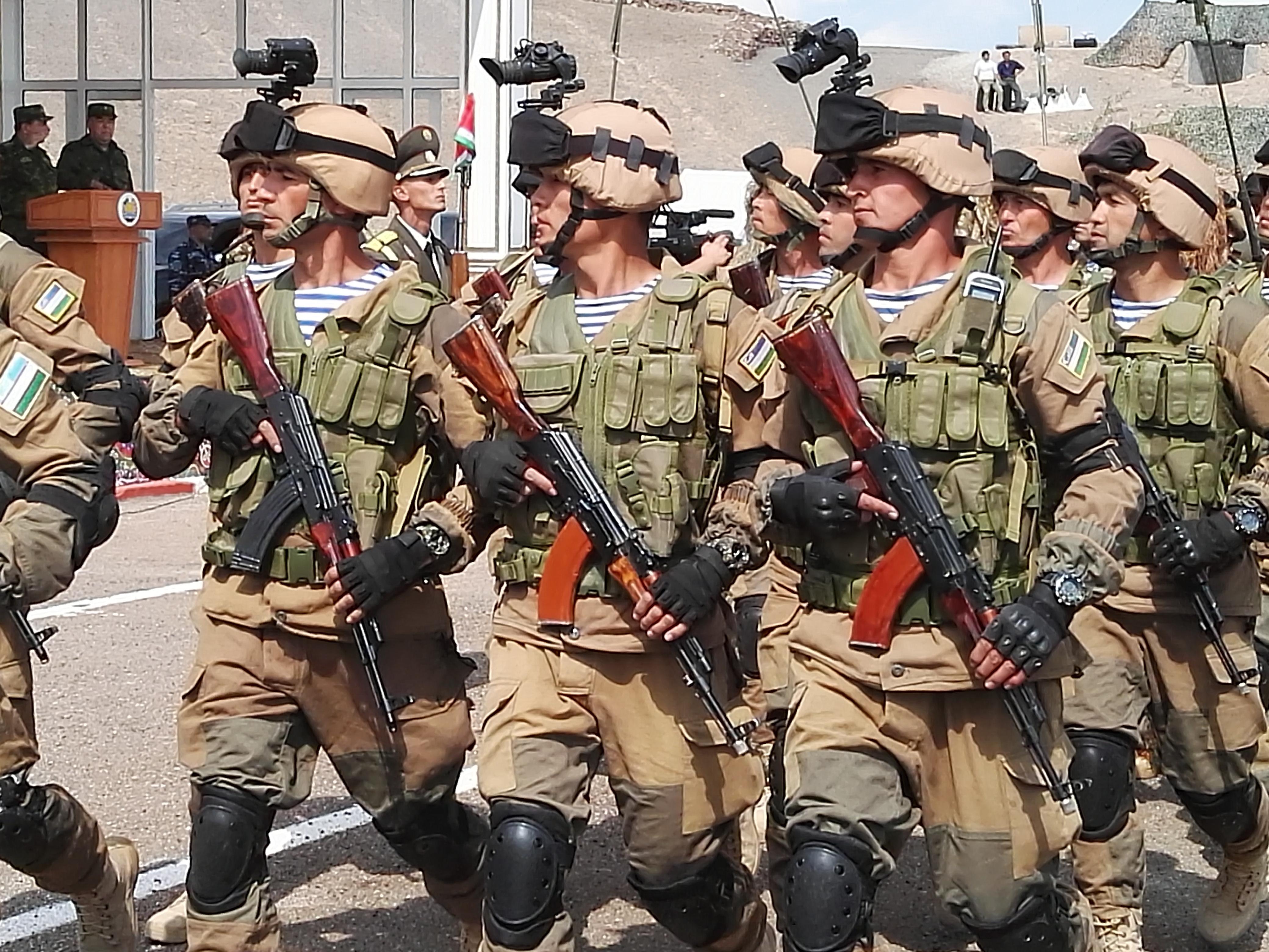 Historic military exercises mark new phase in Tajik-Uzbek relations