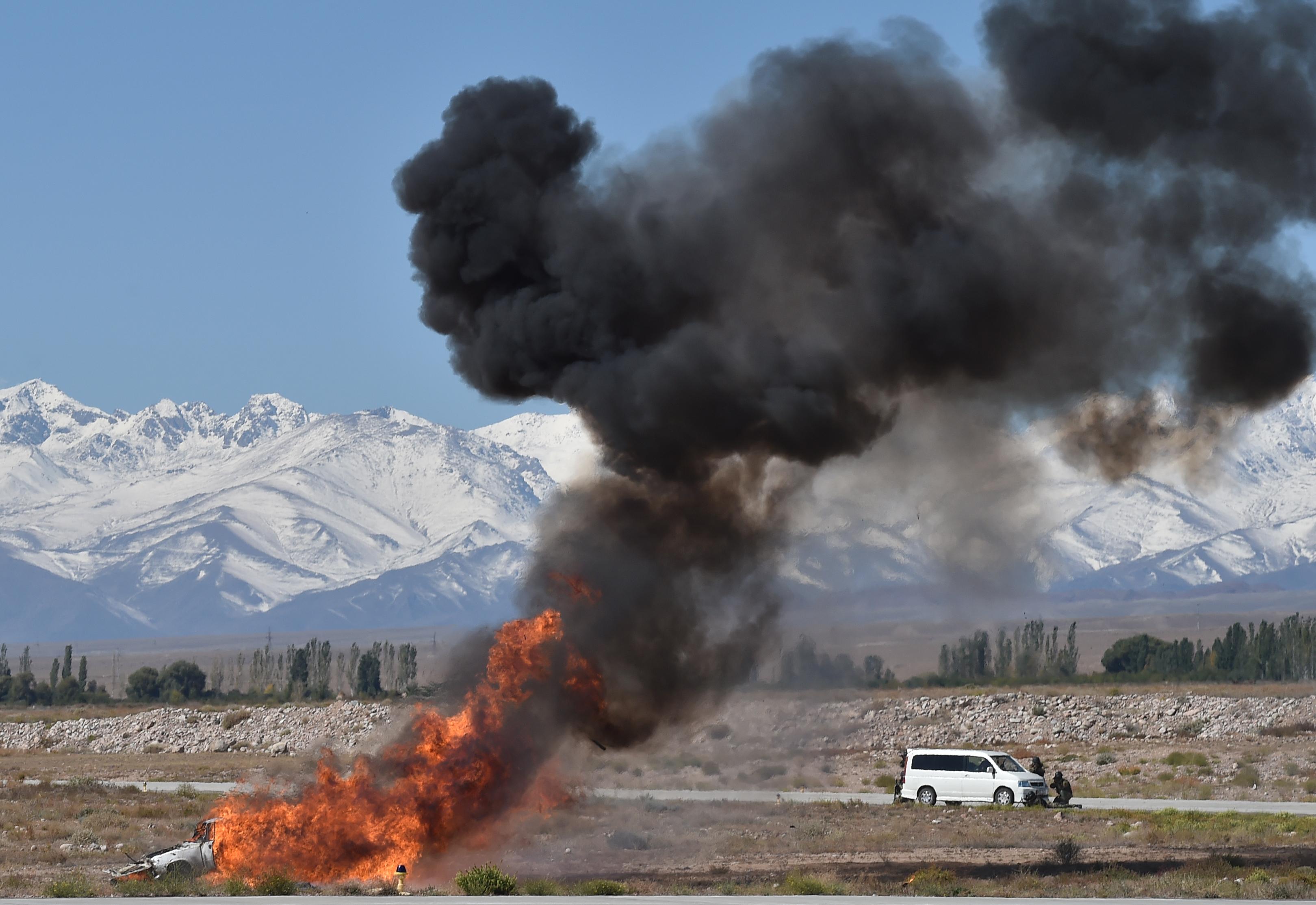 Российские военные учения на озере Иссык-Куль возмутили кыргызстанцев