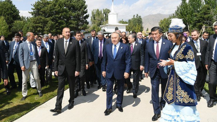 Analysts view the summit of Turkic-speaking countries as a harbinger of a potentially powerful union of countries with similar cultures and outlooks. [Azerbaijani presidential website]