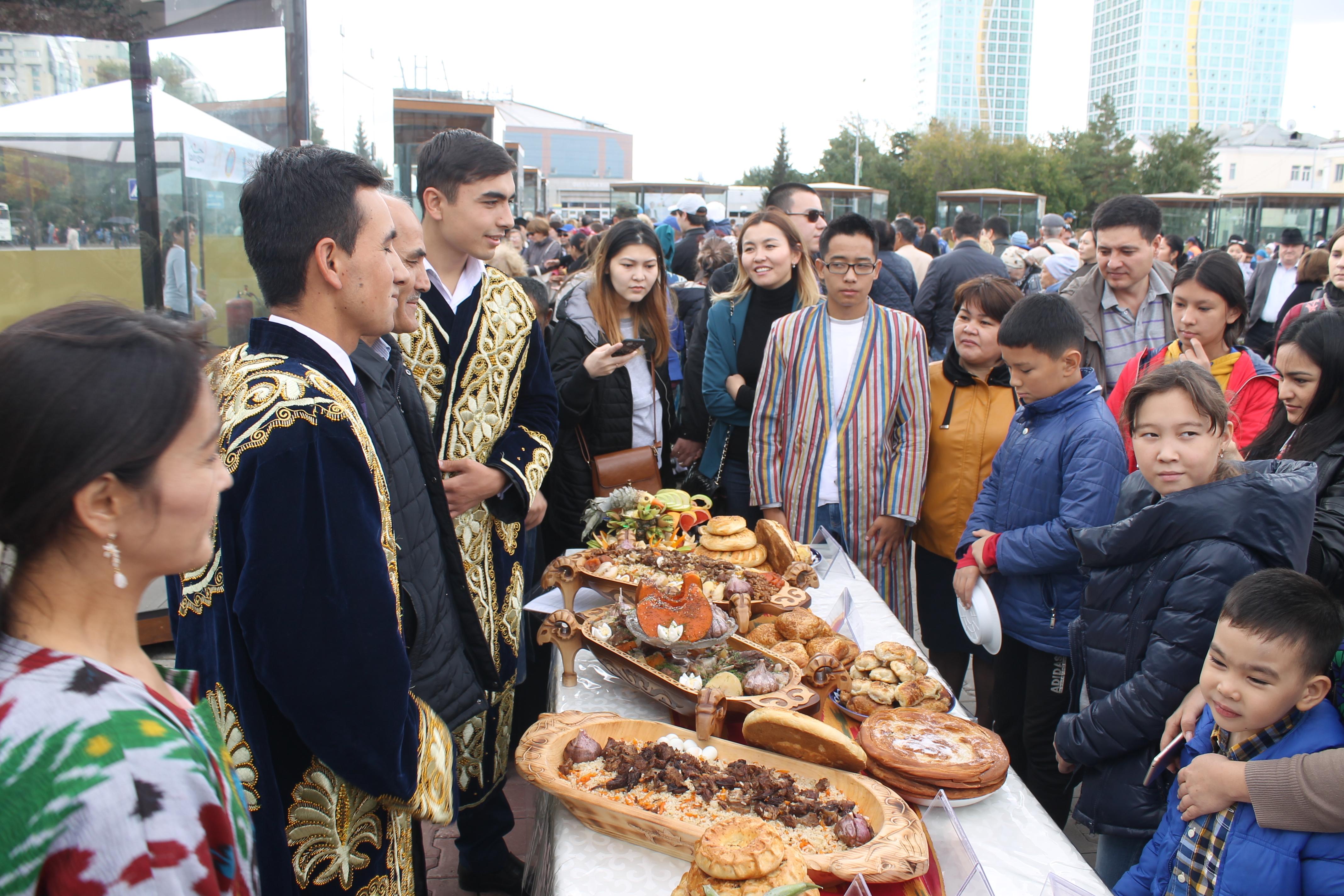 Отношения между Узбекистаном и Казахстаном вышли на новый этап развития благодаря новым автобусным маршрутам и авиарейсам