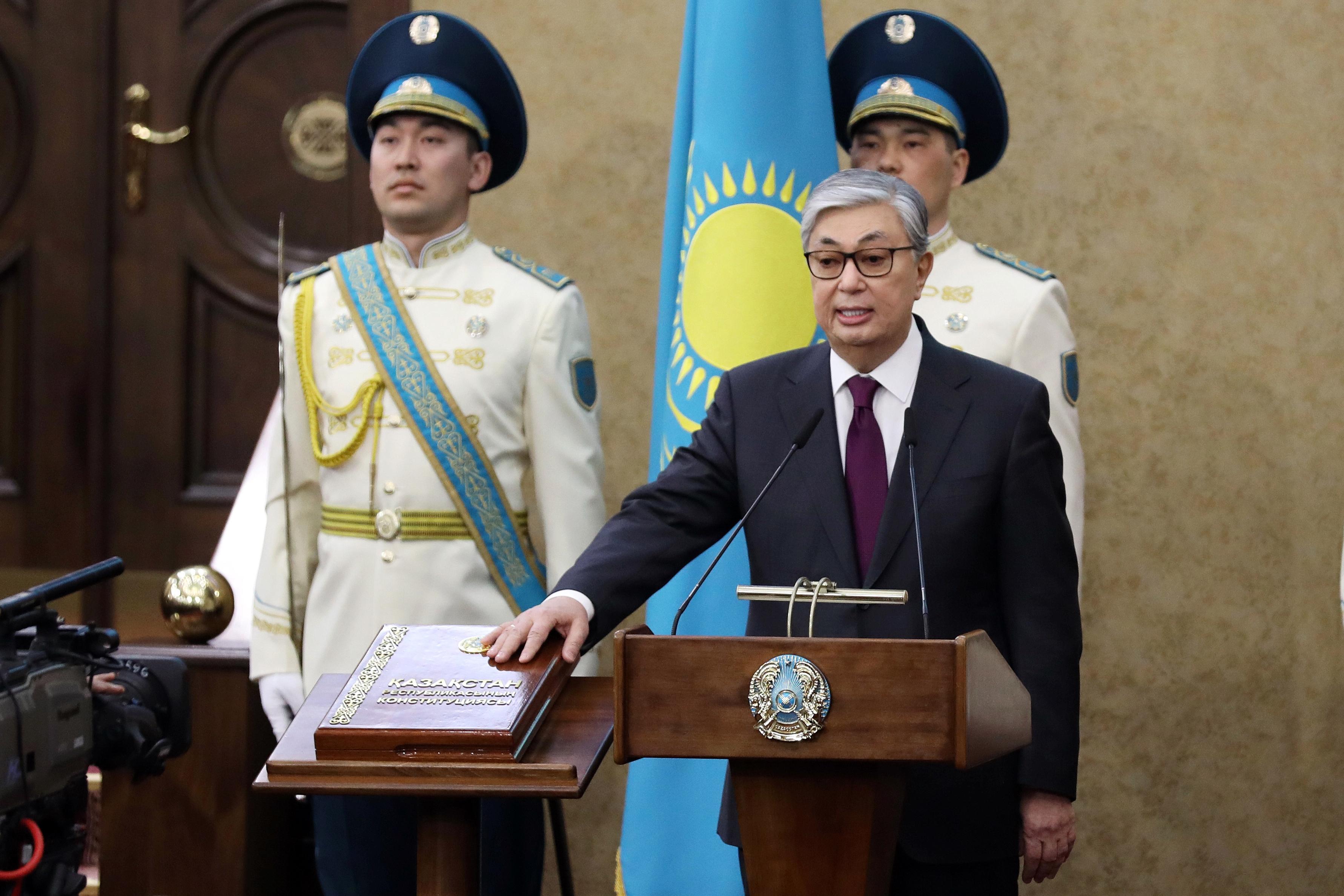 Казахстан начал привыкать к «постназарбаевской эре»