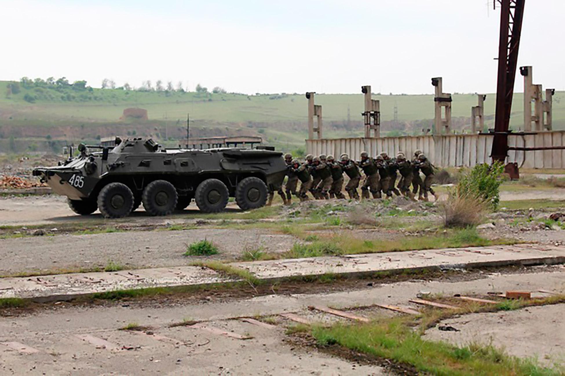 Узбекские «силовики» провели учения для проверки готовности противостоять современным угрозам