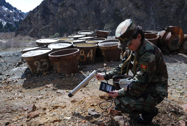 ЕТТБ гранти Қирғизистонда совет давридан қолган зарарли уран чиқиндиларини йўқотишга кўмаклашади
