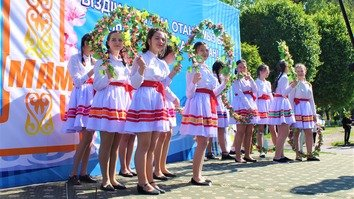 In photos: colourful outfits, ethnic cuisine mark People's Unity Day in Kazakhstan