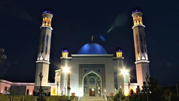 In photos: Kazakhstan celebrates the holy month of Ramadan