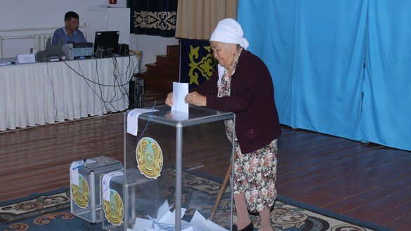 Kazakhstan elects Tokayev as new president
