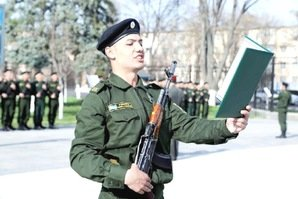 Young Uzbeks join army reserve