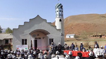 Kyrgyzstan opens new mosques