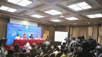 Kazakhstan discusses radicalisation of women