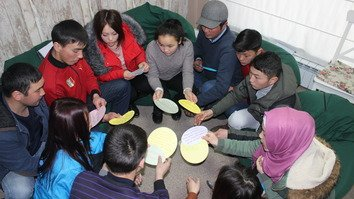Jashstan project challenges Kyrgyz youth to become more community focused