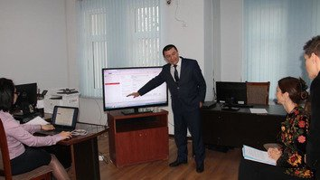 E-documentation system helps Uzbekistanis defend own rights in court