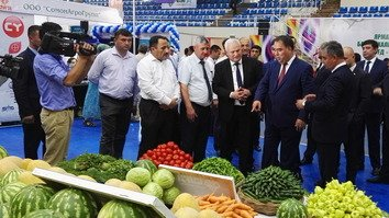 Annual trade fair in Khujand presents 'valley of possibilities' to Central Asian partners