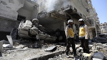 Russian bombing campaign displaces over 400,000 Syrians in three months