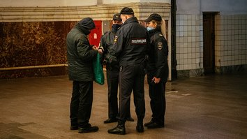 Russian media tap pandemic anxiety to stir enmity toward Central Asian migrants