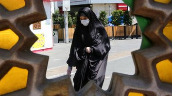 25 million infected? Dubious COVID-19 numbers stoke panic in Iran
